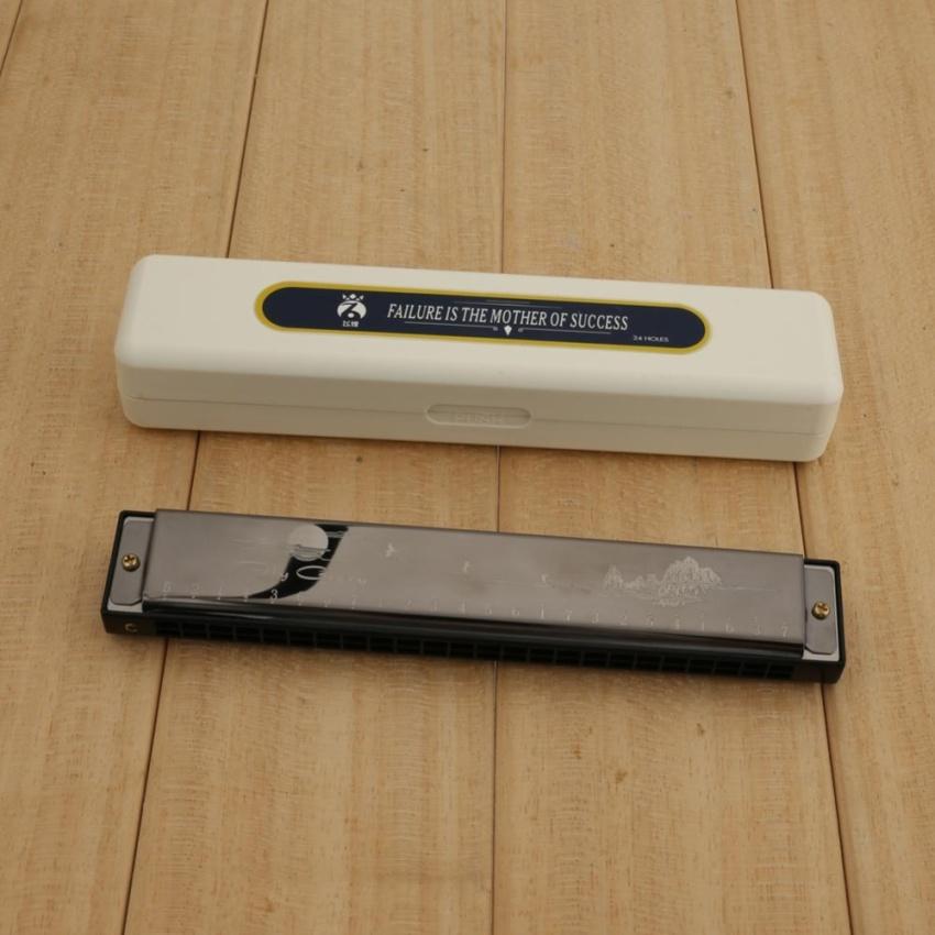 how to play a 24 hole tremolo harmonica
