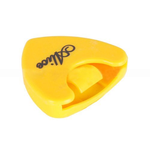 Colorful Plactic Guitar Bass Pick Plectrum Holder Case Box Alice Heart Shape - Intl