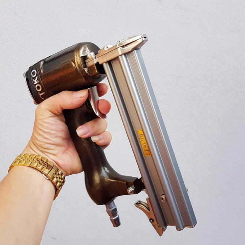 súng bắn đinh thẳng