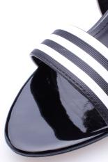 Giày cao gót quai ngang trẻ trung Senta SDG25 (Đen sọc trắng)