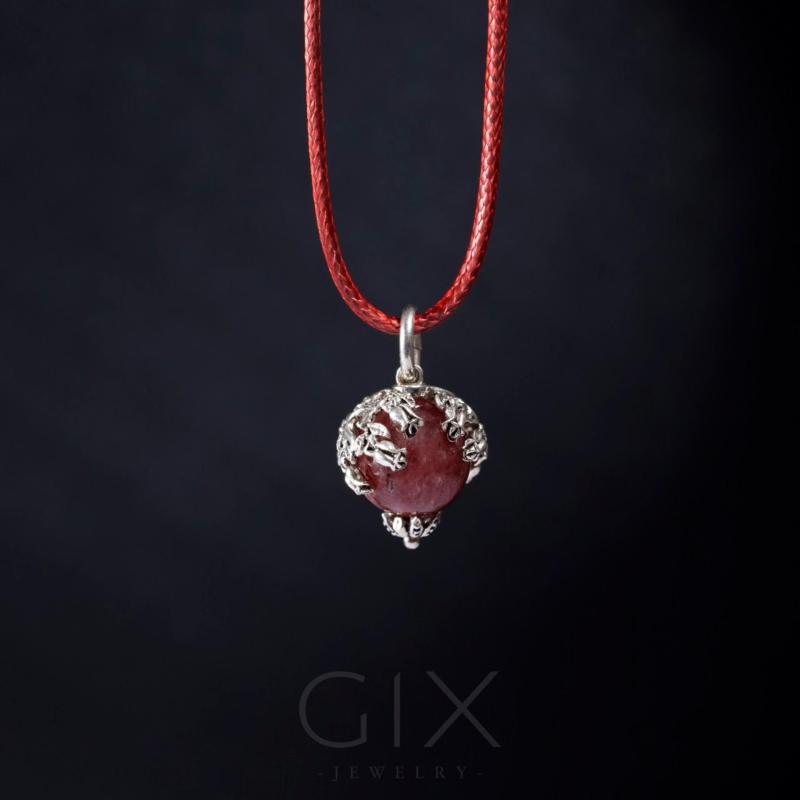 Dây chuyền phong thủy đá thạch anh dâu tự nhiên trang sức đẹp Gix Jewelry - SPN-0053 (hồng)