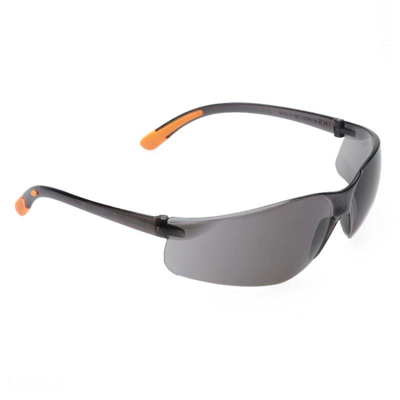 Giá bán Kính đi đường chống bụi bảo vệ mắt WINS W48-S (Tròng đen)