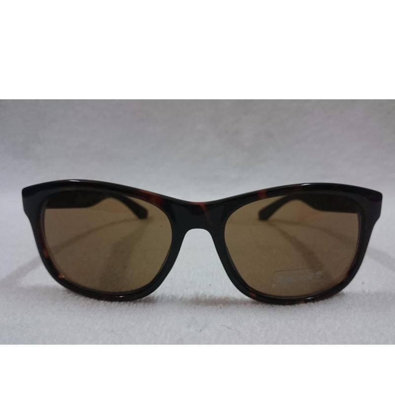 Mua Mắt kính Women's Wayfarer Fashion Sunglasses