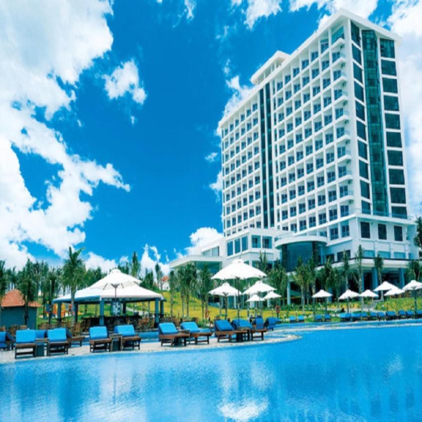 Tặng vé khứ hồi xe chất lượng cao Hoàng Long Hà Nội - Nha Trang - Cam Ranh khi đặt phòng Golden Peak Resort and Spa 2 đêm trở lên