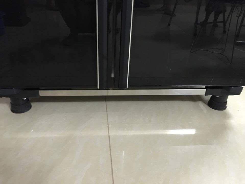 Chân kệ đa năng cho tủ lạnh và máy giăt lồng đứng