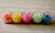 Đèn cầy ly hoa sen năm màu loại lớn cỡ 5.5cm