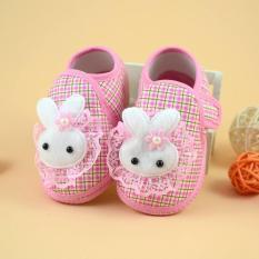 Giày tập đi hình thỏ hồng