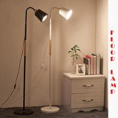 Đèn đứng trang trí phòng khách 9020 kèm bóng LED cao cấp