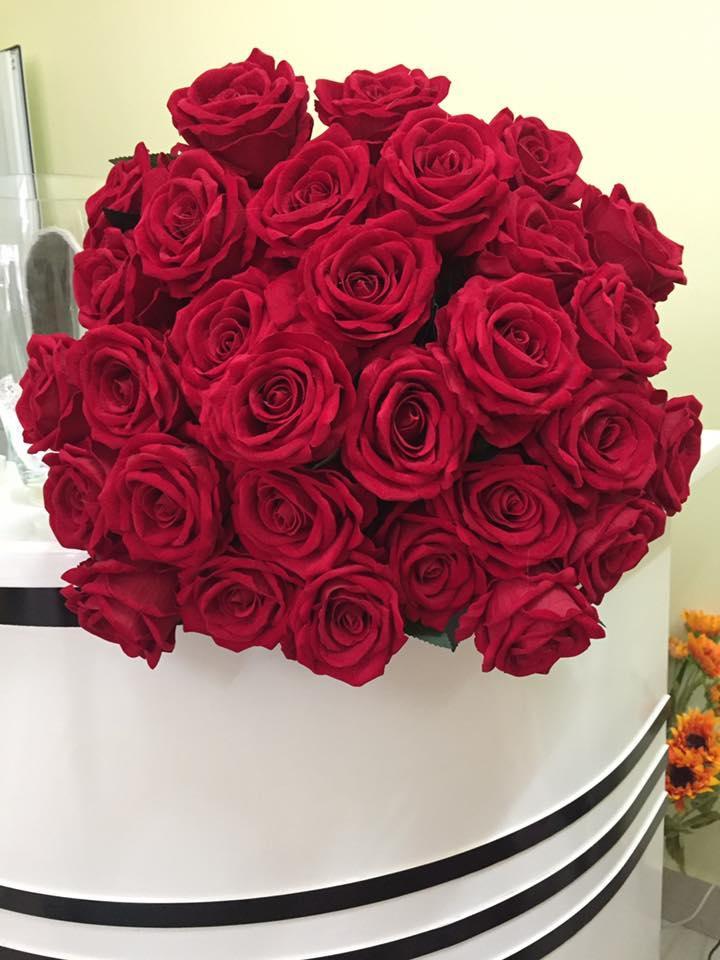 Hoa lụa cao cấp – Hoa hồng đỏ