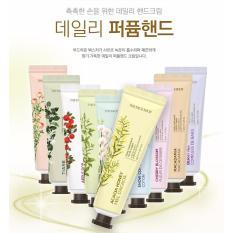 Kem Dưỡng Tay Daily Perfumed Hand Cream – KDTTFS01