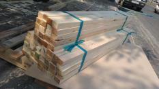 12 cây Đố gỗ thông 3,5 x 4,5 dài 1m1