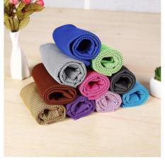 Khăn lạnh tập thể thao làm mát đa năng Cool Towel ( Màu Xanh Dương )