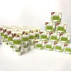 Trọn bộ 20 món : 10 kem nén Hazeline Matcha Lựu Đỏ 3g/hộp + 10 sữa rửa mặt Hazeline 15g/tuýt + tặng 1 túi đựng mỹ phẩm