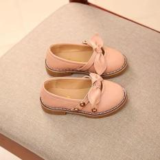 Giày cho bé gái dễ thương