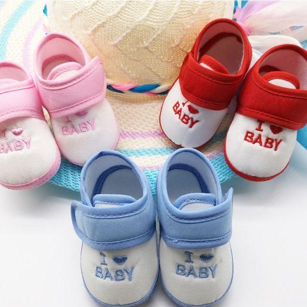 Giày dán tập đi I Love Baby cho bé
