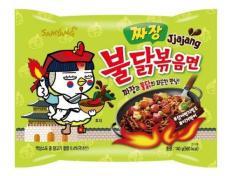Mì gà cay tương đen Jjajang SamYang Hàn Quốc 140g