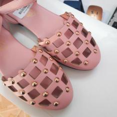 Sandal đính hạt cho bé gái
