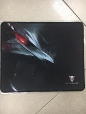 Mousepad hình game motospeed