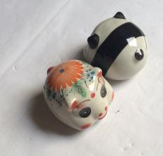 lợn sứ tiết kiệm trang trí để bàn học chat dep (10x10x11cm- nhiều màu sắc)