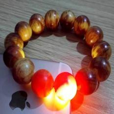 Vòng đeo tay gỗ Nu huyết Long 12 ly (sáng đỏ)