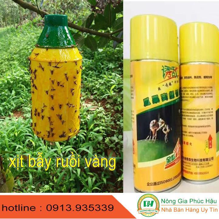 chai xịt bẫy ruồi vàng