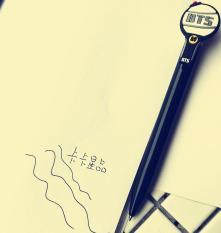 Bút Bi Fan BTS (A.R.M.Y chân chính)