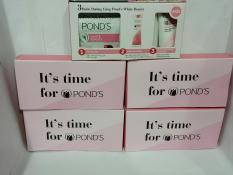 Combo 5 hộp pond trắng hồng toàn diện bao gồm : 20 gói sữa rữa mặt + 5 tuýp kem dưỡng trắng toàn diện + tặng 1 túi đựng mỹ phẩm xinh xắn
