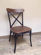 Ghế cà phê khung sắt mặt gỗ – ghê sắt gỗ (Phong cách vintage)