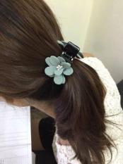 Kẹp tóc hình hoa chắc chắn