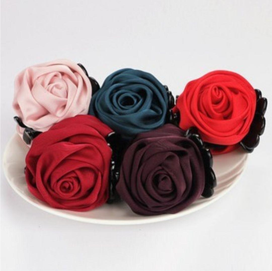 Kẹp tóc búi hoa hồng