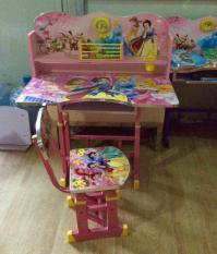 Bộ bàn ghế gỗ học sinh hoạt hình