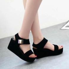 Giày sandal đế xuồng cá tính