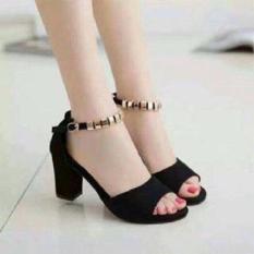 Sandal gót vuông quai cườm
