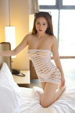 Đầm ngủ ống thun lỗ quyến rũ sang trọng