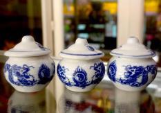 Bộ ba ly thờ cúng sứ trắng rồng xanh cao 7cm