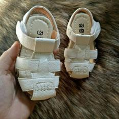 Sandal rọ bé trai