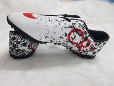 Giày đá bóng CR7 VN218 F – sân nhân tạo