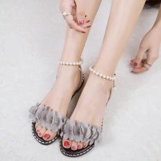 Giày Sandal hoa nhung – mềm mại êm ái.