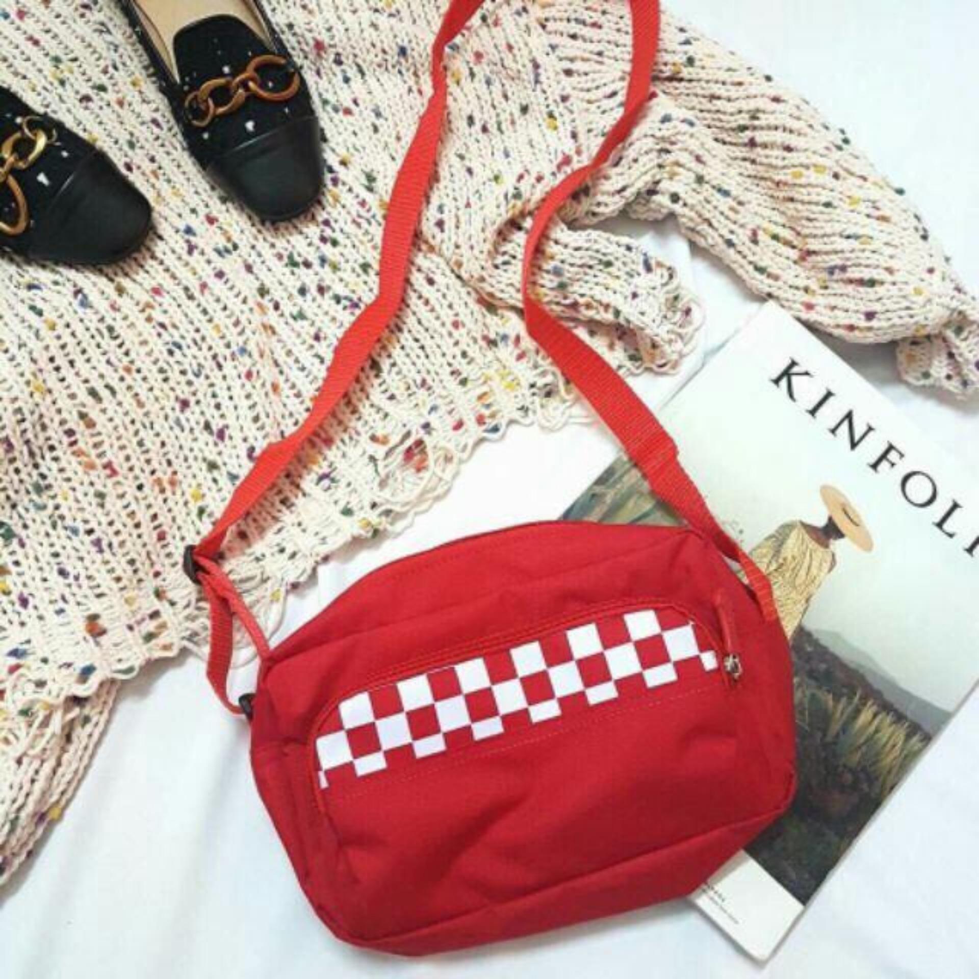 Túi đeo chéo CARO (Đỏ) CA2
