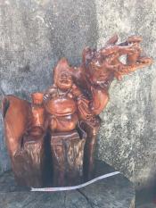 Tượng phật Di lặc gỗ xá xị – (XX05) – ngang 60cm x cao 65cm x rộng (sâu) 35cm