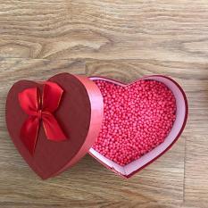 Hạt xốp và hộp quà trái tim, hộp quà son, hộp quà đẹp