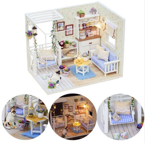 Đồ chơi mô hình nhà gỗ diy Cute Room H-013( Tặng Mica Che Bụi + Keo)