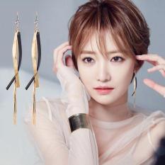 Bông tai phong cách Hàn cá tính