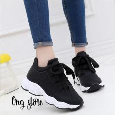 Giày thể thao nữ đế sóng phong cách Hàn Quốc (dây to) (có màu trắng)