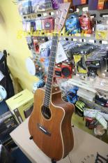 Đàn guitar Acoustic Tanglewood TWU-DCE