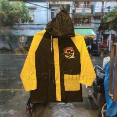 Áo mưa hình Batman chibi màu đen viền vàng dành cho trẻ em , học sinh và các bé có nhiều size (S,M,L) (Thái Lan) – 180PVCBAT149