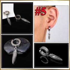 Khuyên tai kẹp Titan Xoắn bạc