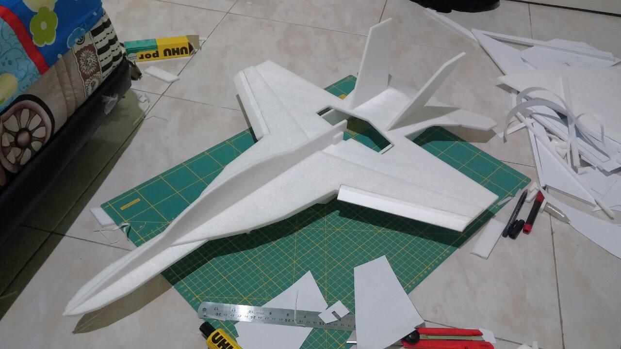 Combo 8 tấm xốp depron foam dày 5mm (dài 50cm x rộng 50cm) làm mô hình máy  bay điều khiển từ xa, tàu, xe, nhà cửa, trang trí