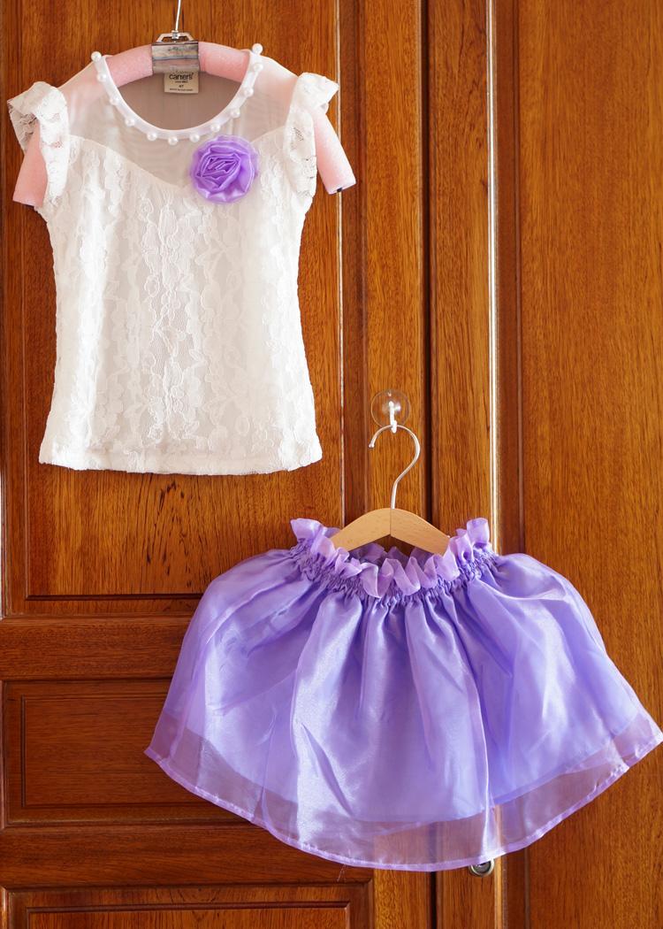 Set áo ren đính hạt và váy voan bóng