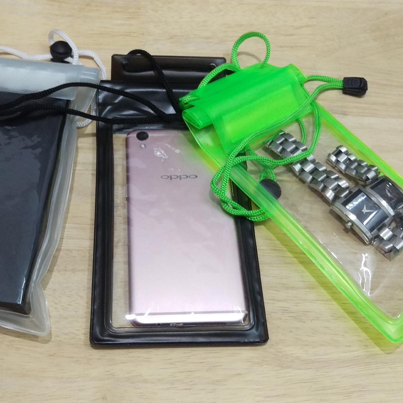 Túi đựng điện thoại chống nước ( màu + hình ngẫu nhiên )Và các vật dụng cá nhân khác (Trong...